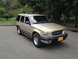 Ford Explorer (precio negociable)