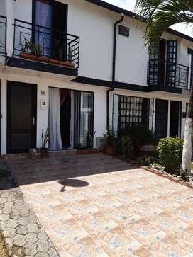 venta de casa de 2 pisos en Villavicencio