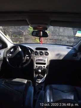 Peugeot 408 Allure 2.0 full