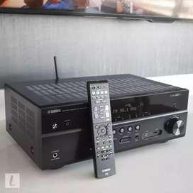 Amplificador Yamaha como nuevo.