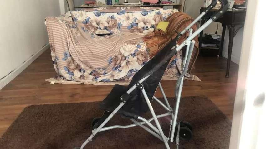 Vendo paraguita de bebe 0