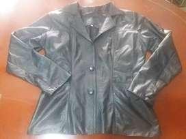 Se vende chaqueta de cuero