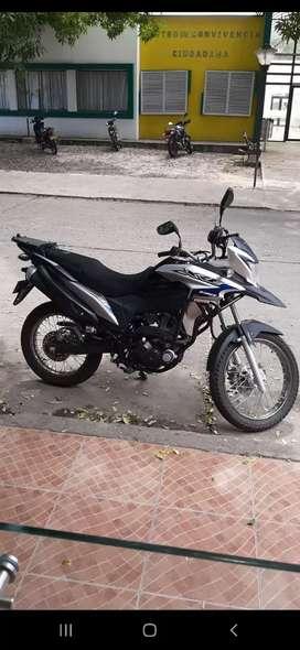 Venta de moto honda xre 190