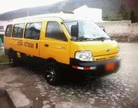 Se vende o cambio con vehículo kia preguio 2014 con derechos