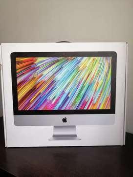 "iMac 21.5"" Modelo 2015 1 Tera Disco 8gb Ram intel i5 2.8GHz con mouse y teclado"
