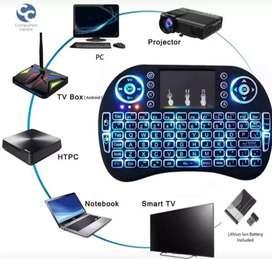 Mini teclado y maus inalámbrico recargable 3 en 1 para pc portátiles  celular  tv box y también es control remoto