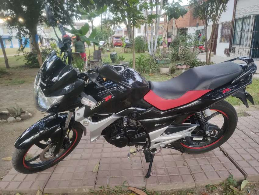 Suzuki Gs 150 R exelente estado. 0
