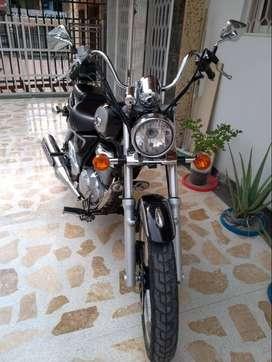 VENDO MOTO SUZUKY GN 150