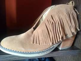 Botas de mujer sin uso