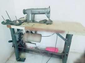Maquina de cocer industrial