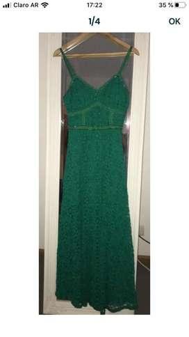 Vendo vestido de fiesta talle M, $3000, un solo uso, color verde
