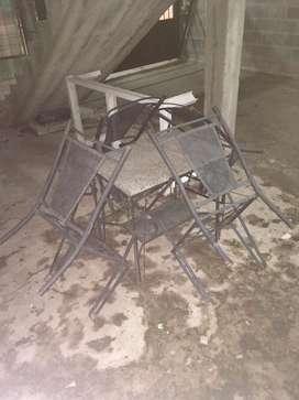 Juego de sillas+Mesa de hierro