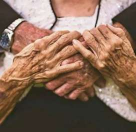 Ofrezco mis servicios de cuidados adulto mayor
