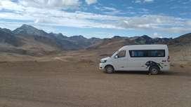 Vendo mi hermoso minivan  por emergencia