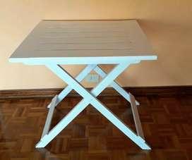 mesa plegable de pino pintada 70x70x70