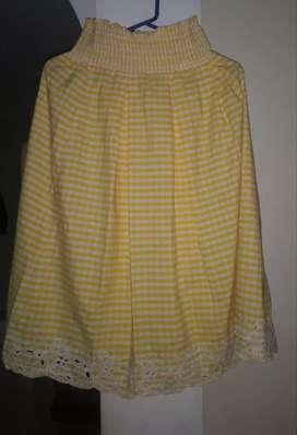Hermosas faldas americanas de segunda cómo nuevas