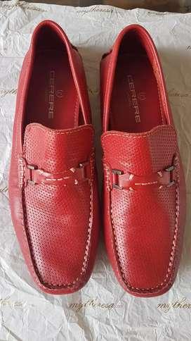 Mocasines en cuero rojo nuevos