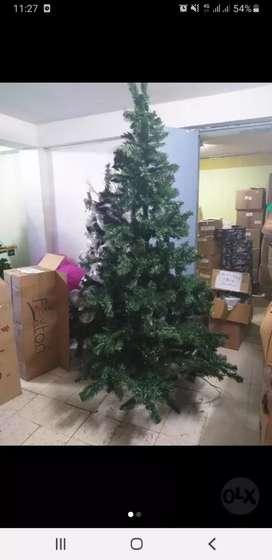 Vendo árboles de navidad nuevos de 210.cms