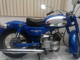 Yamaha YB 125 año 19843