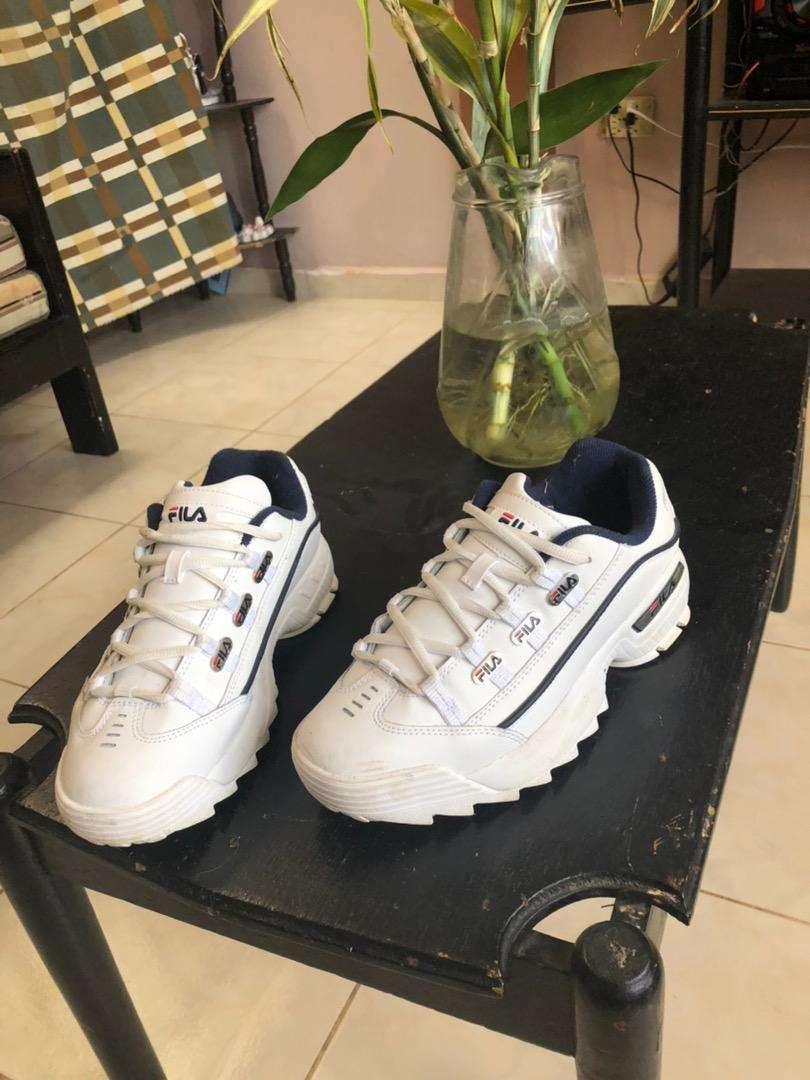Zapatos fila 0