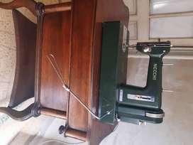 Maquina de coser - Necchi Pavia made in Italy