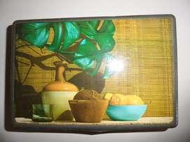 Antigua Lata Caja Terrabusi edición cuadro de frutas