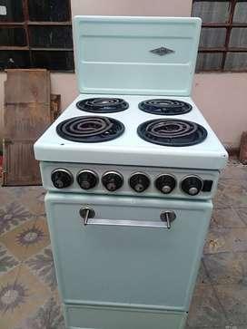 Estufa Haceb, 4 puestos con horno.