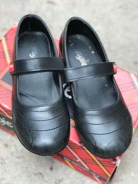 Zapato Guillermina escolar