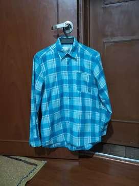 Camisa marca camisería europea talla M 9 de 10 negociable