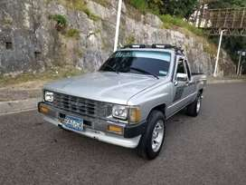 Toyota Hilux Extra Cab Impecable AC