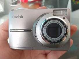 Camara digital Kodak 7 pixeles