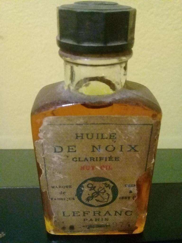 Aceite de nuez frances antiguo 0