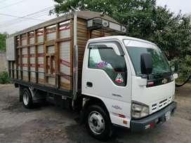Se vende camion Npr 6 toneladas