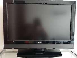 Televisor pantalla plana LG 32' como nuevo