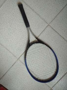 Vendo raqueta en buen estado