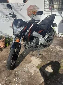 Vendo moto brava 200