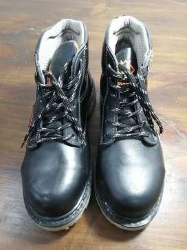 Zapatos de Seguridad Dieléctrica T38 - Holz&Stein / Con una sola puesta segunda mano  Perú