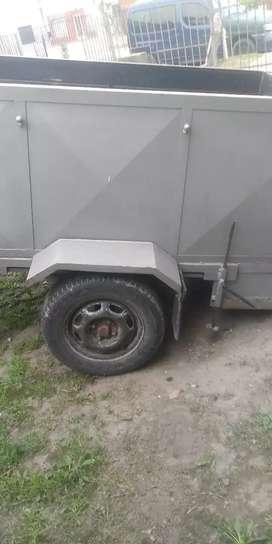 Vendo carro trailer muy buen estado