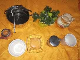 VENDO 8 ARTÍCULOS, 1 porta hielos acero inoxidable con pinza funcionando antiguo, una azucarera antigua, dos adornos vas