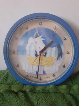 Reloj de pared Donald