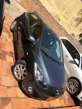 Mazda 2 en perfecto estado,  negociable, papeles nuevos