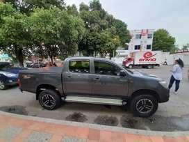 Camioneta Toyota 4x4