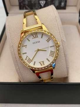 Reloj Guess W1208L2 para dama