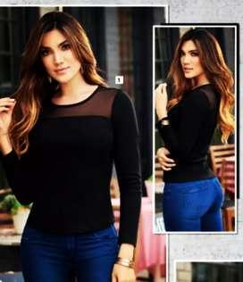 Se vende blusa talla M