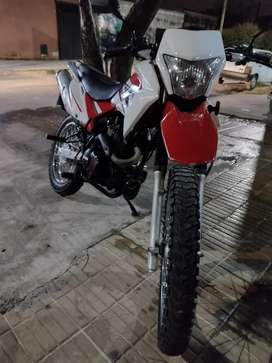 VENDO BRAVA 200cc