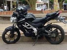 Vendo cambio moto um 180R 26000km!