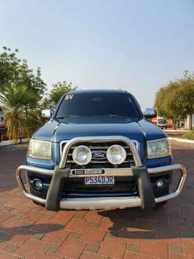 Ford everest TURBO DISEL 4X4