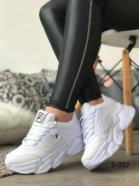 Zapato Tennis Deportivo Tipo Tractor Fila Para Mujer