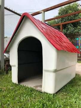 Vendo o permuto Casa grande para perros