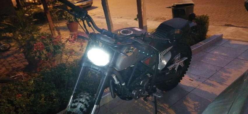 Vendo Moto Nueva, solo 107km de recorrido. 0